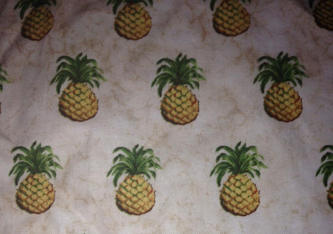 Williamsburg Pineapples
